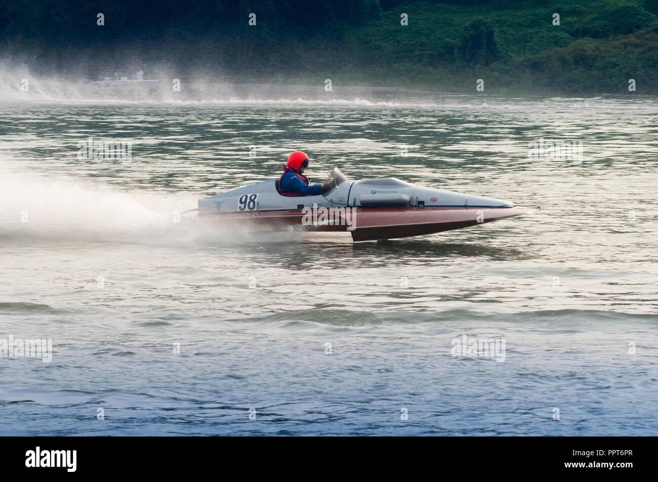 22 Settembre 2018 - Italia, Lombardia, Cremona, Po, Exhibition vecchie imbarcazioni punto tre Idrovolanti da Corsa entrobordo corridore italiano Immagini Stock