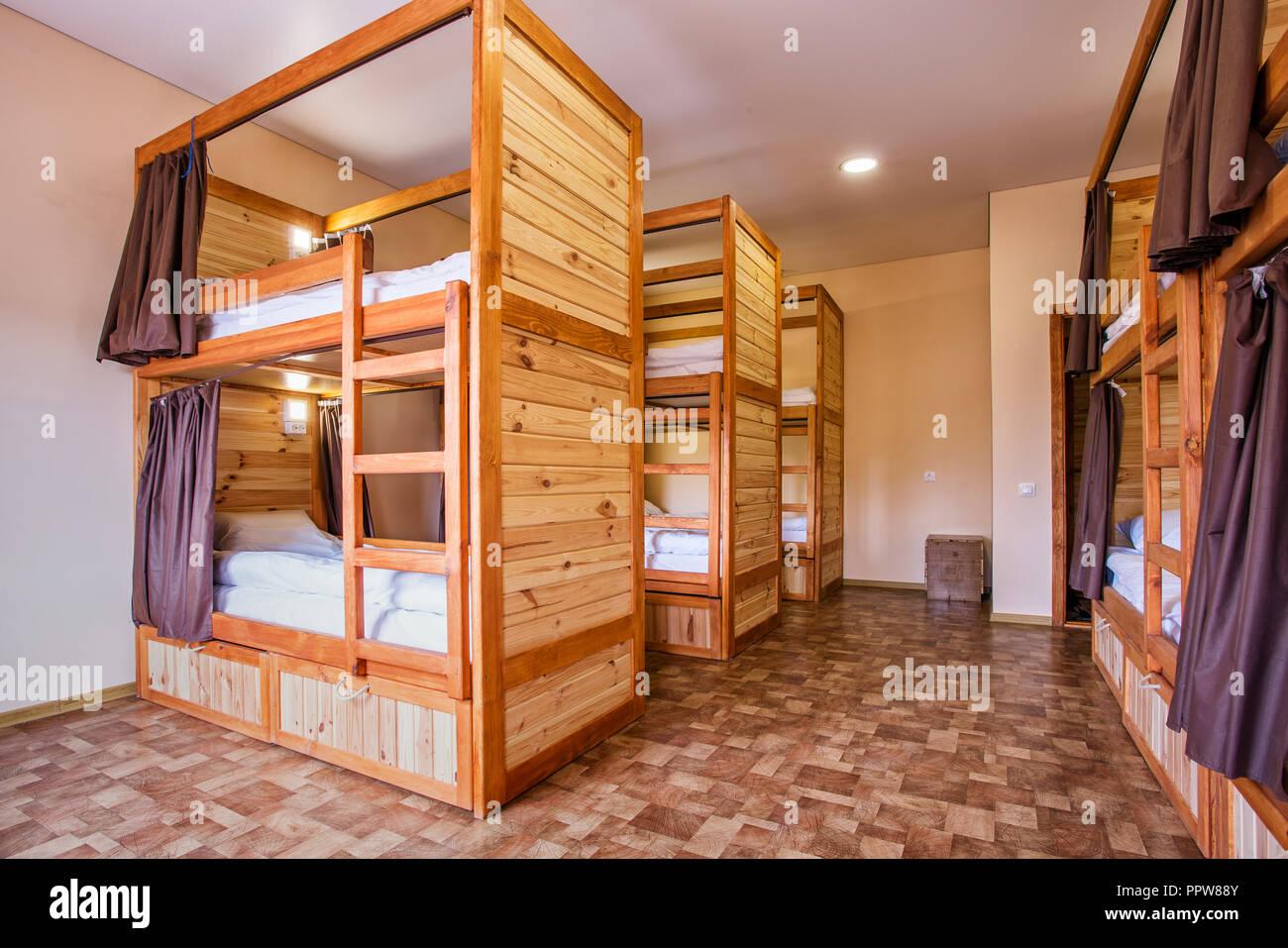 Letti A Castello Per Ostelli.Letti A Castello Dormitorio Immagini Letti A Castello Dormitorio