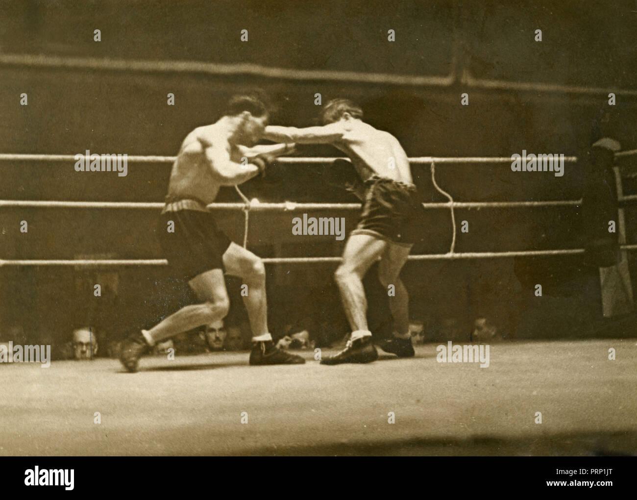 Incontro di boxe tra Gustavo Ansini e Hans Schiller, Berlin, Germania 1937 Immagini Stock