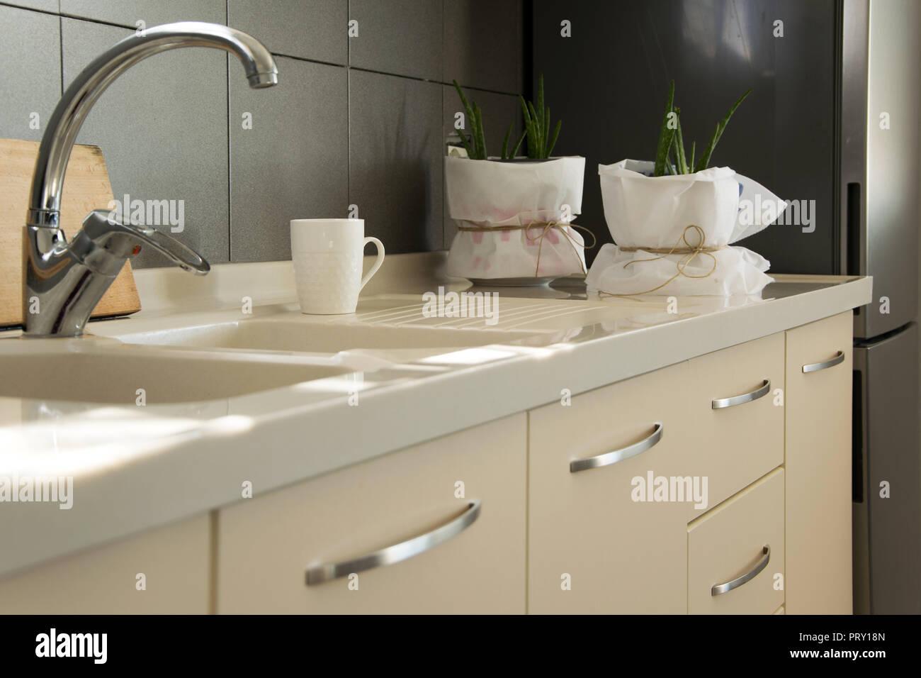 Cucina moderna con interni, scandinavo in stile ...