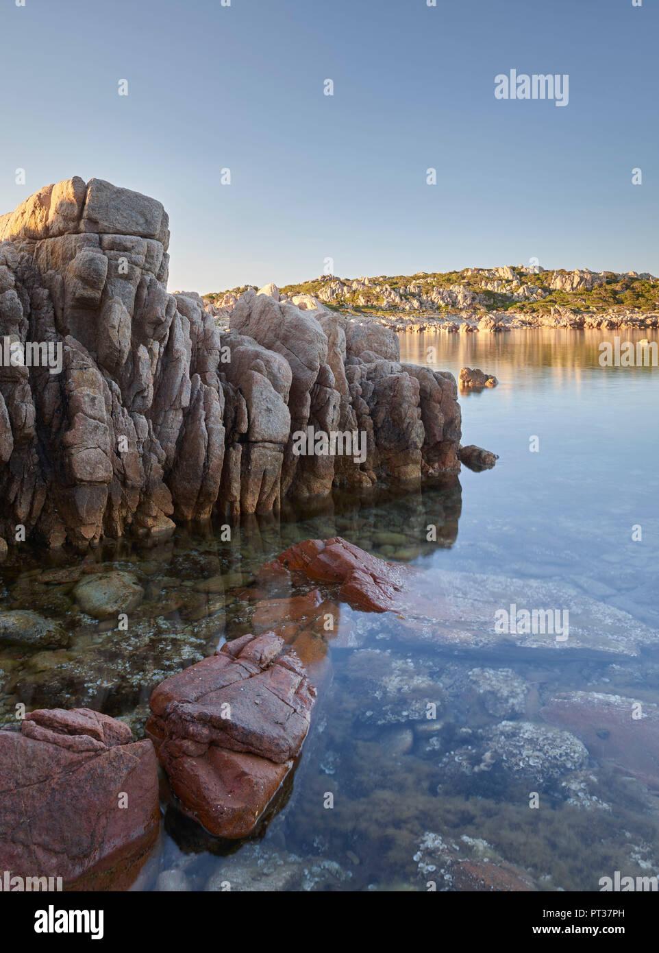 Le formazioni rocciose in Bruzzi riserva naturale, vicino Pianottoli-Caldarello, Corse du Sud, Corsica, Francia Immagini Stock