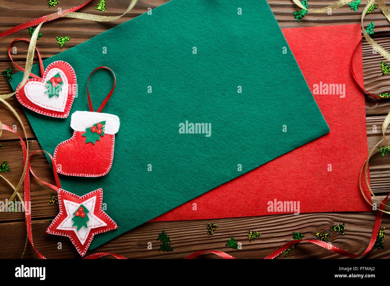 Decorazioni Artigianali Natalizie.Rustico Artigianale Decorazioni Natalizie Con Il Rosso E Il Verde