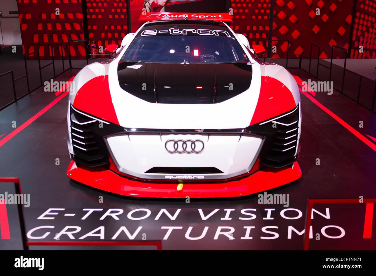 Audi nuovissima esperienza 2018 succedendo a Singapore il 10 ott 2018, Display di E-Tron Vision vettura Gran Turismo. Immagini Stock