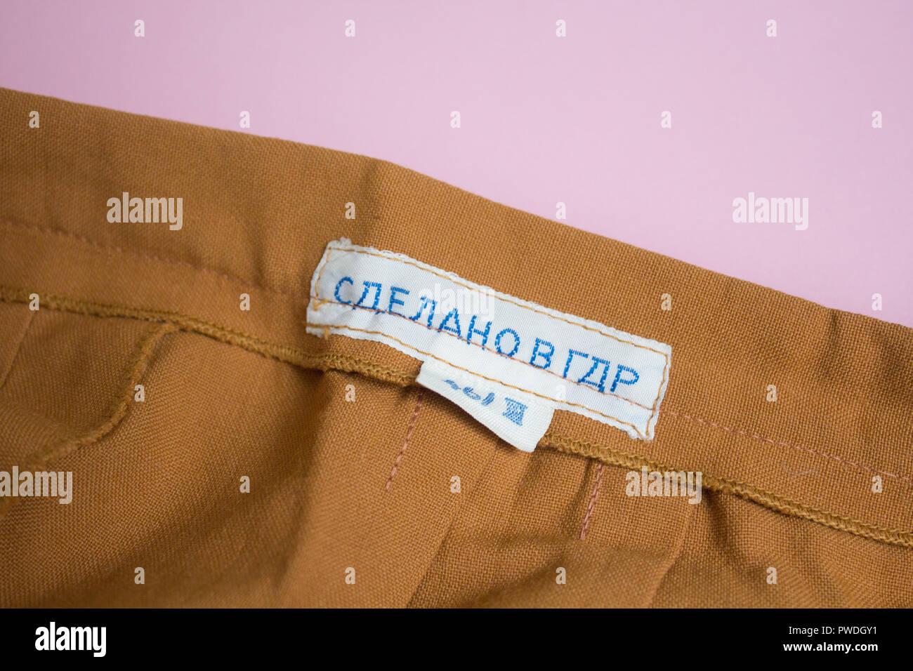 datazione vestiti vintage etichette
