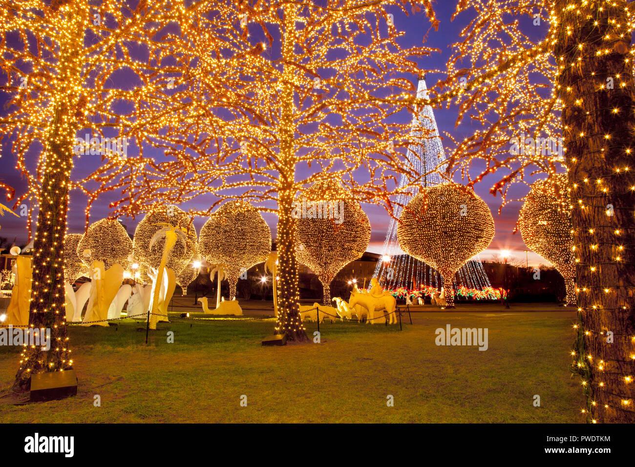 Immagini Natale Usa.Le Decorazioni Di Natale E Le Luci A Opryland Hotel Nashville