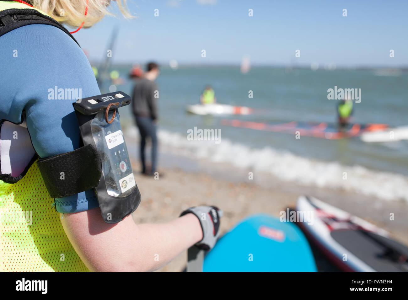 Il GPS FASCIA BRACCIO per una gara di acqua Immagini Stock