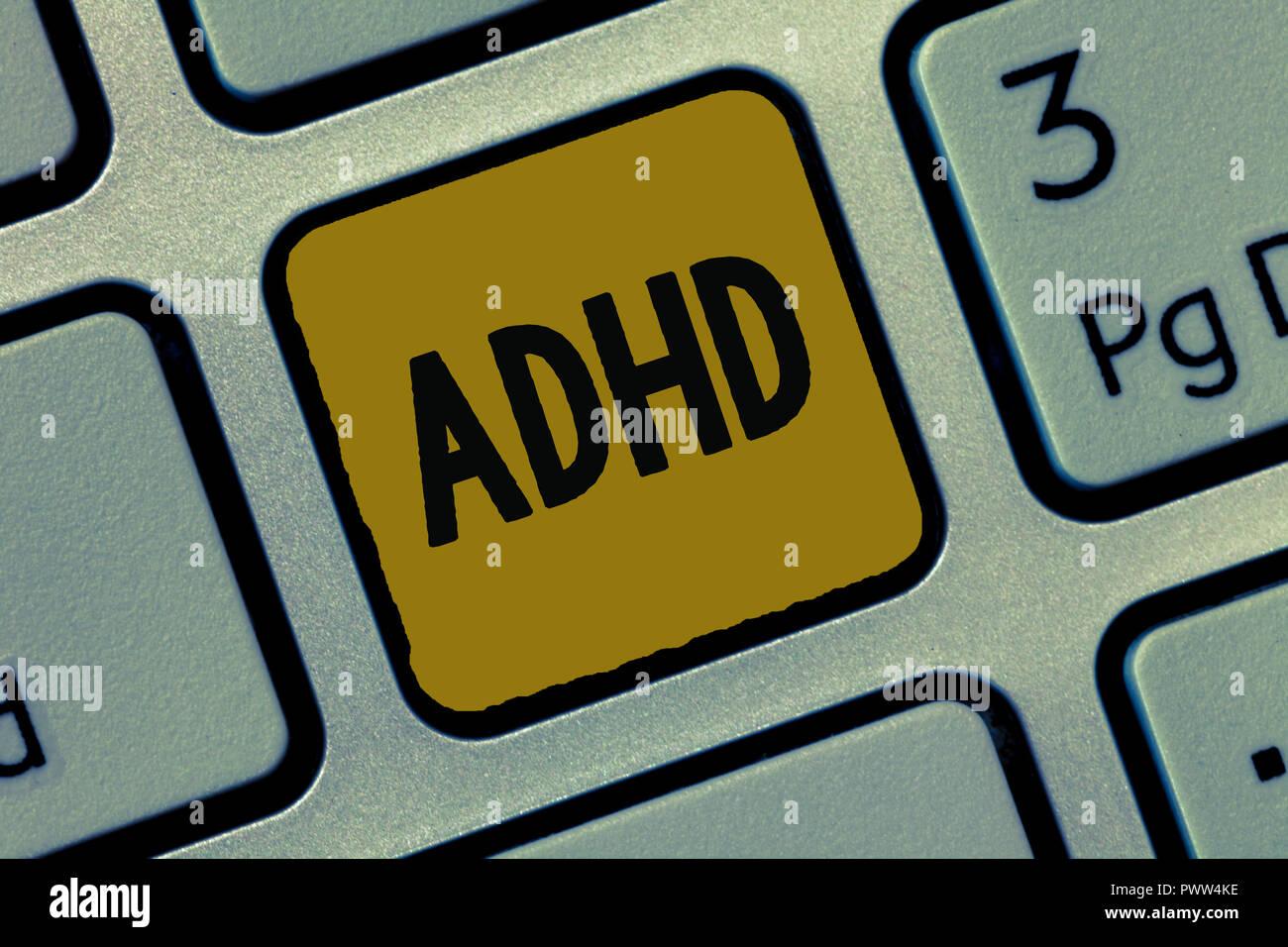 Segno di testo che mostra l'ADHD. Foto concettuale della salute mentale del disturbo di bambini iperattivi Trouble prestando attenzione. Immagini Stock
