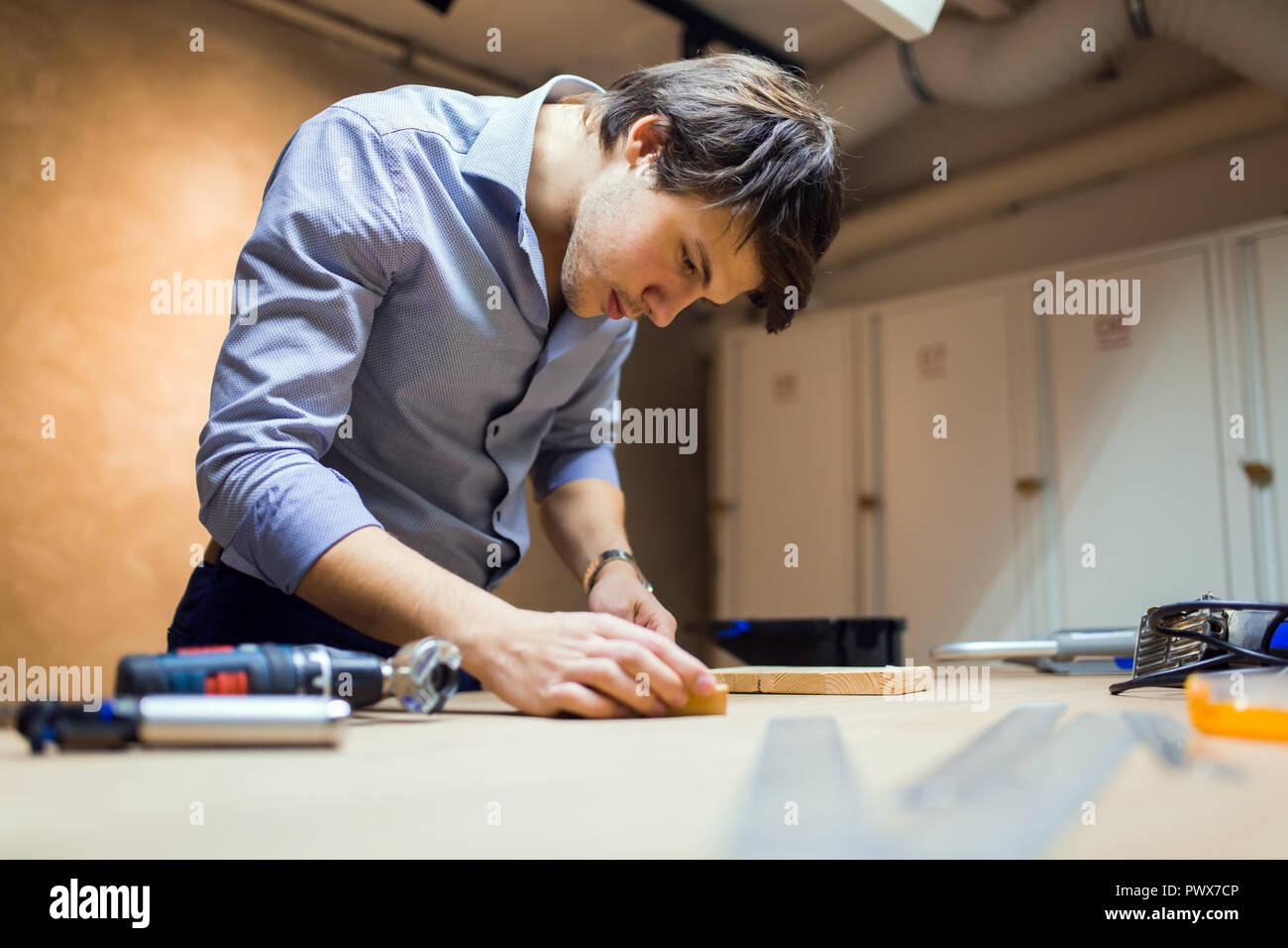 Tuttofare per la lavorazione del legno Immagini Stock