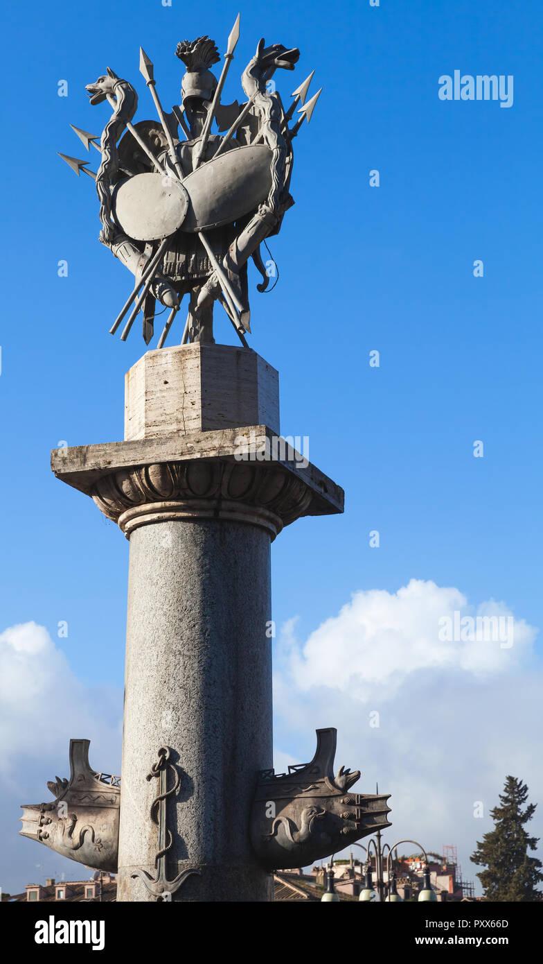 Colonna rostrale della Fontana della dea di Roma, Roma, Italia Immagini Stock
