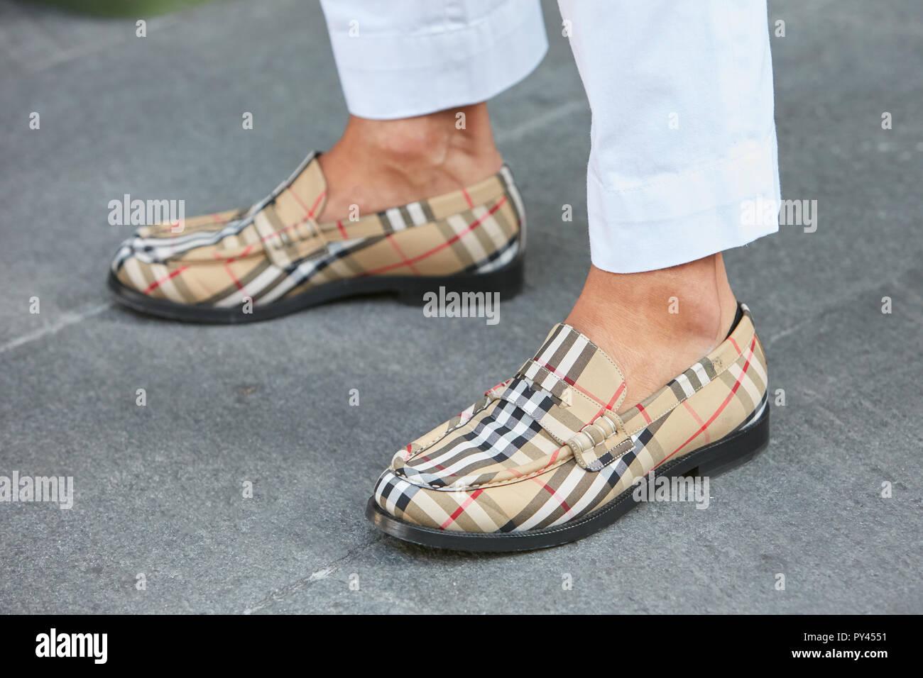 Stock Burberry Shoes Fotos amp; Shoes Alamy Burberry Immagini IrHwqZxYr