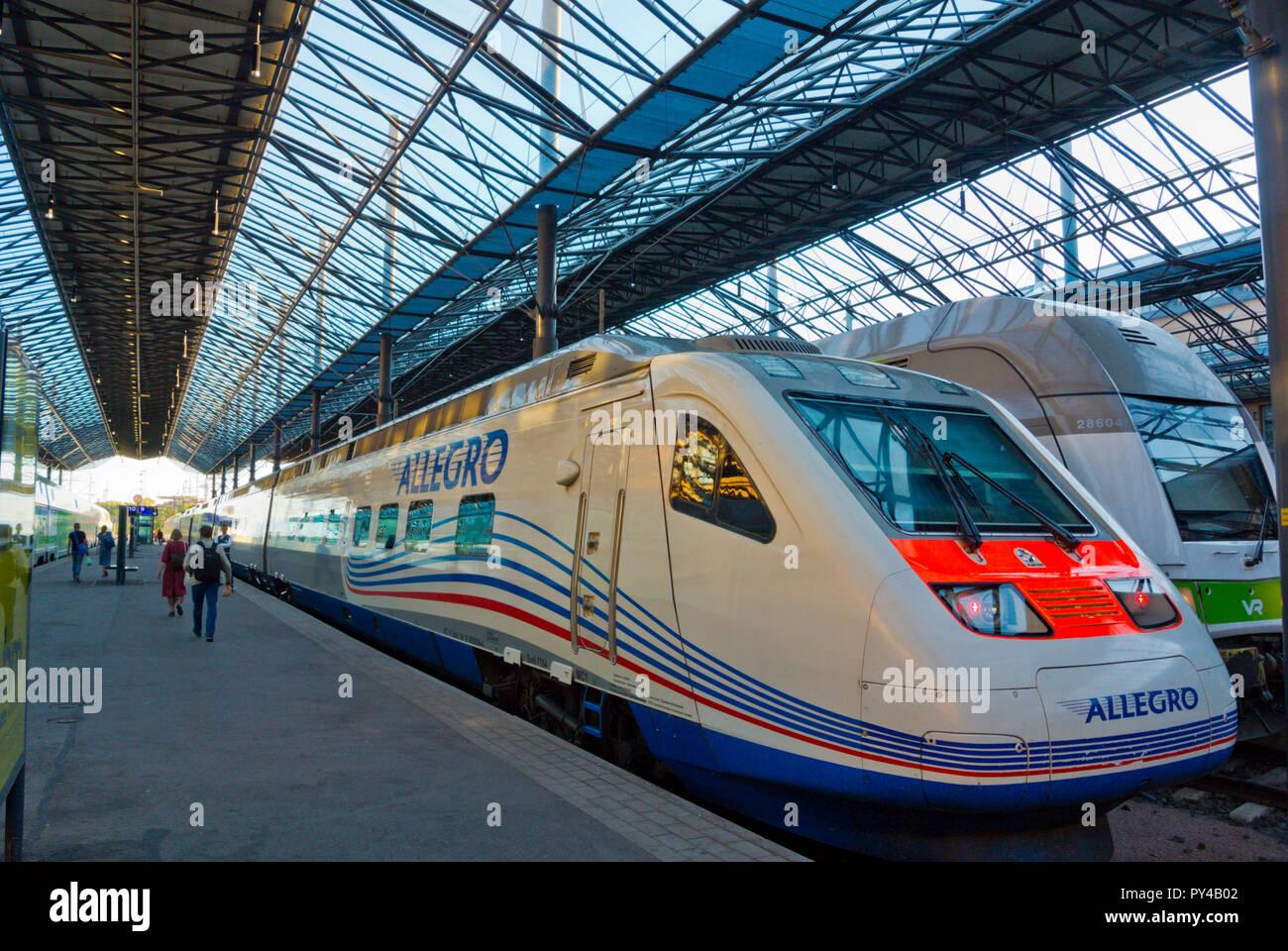 Allegro, il treno veloce tra Helsinki Finlandia e San Pietroburgo Russia, Helsingin rautatieasema, la stazione ferroviaria centrale, Helsinki, Finlandia Immagini Stock