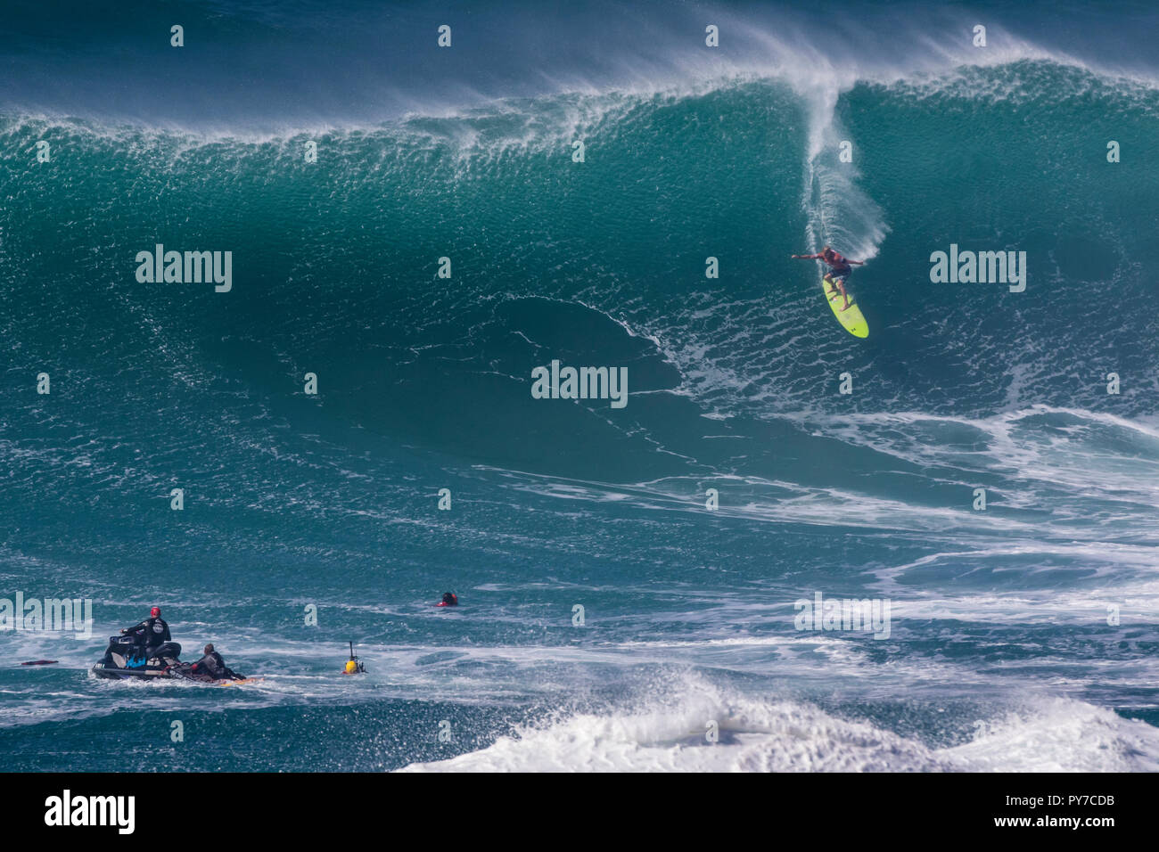 John John Firenze al 2016 Eddie Aikau surf contest. Immagini Stock