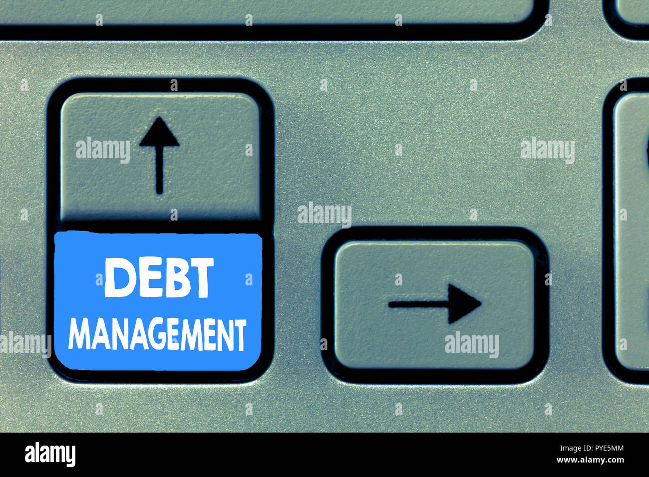 La scrittura della nota che mostra la gestione del debito. Business photo illustrando l'accordo formale tra il debitore e il creditore. Immagini Stock