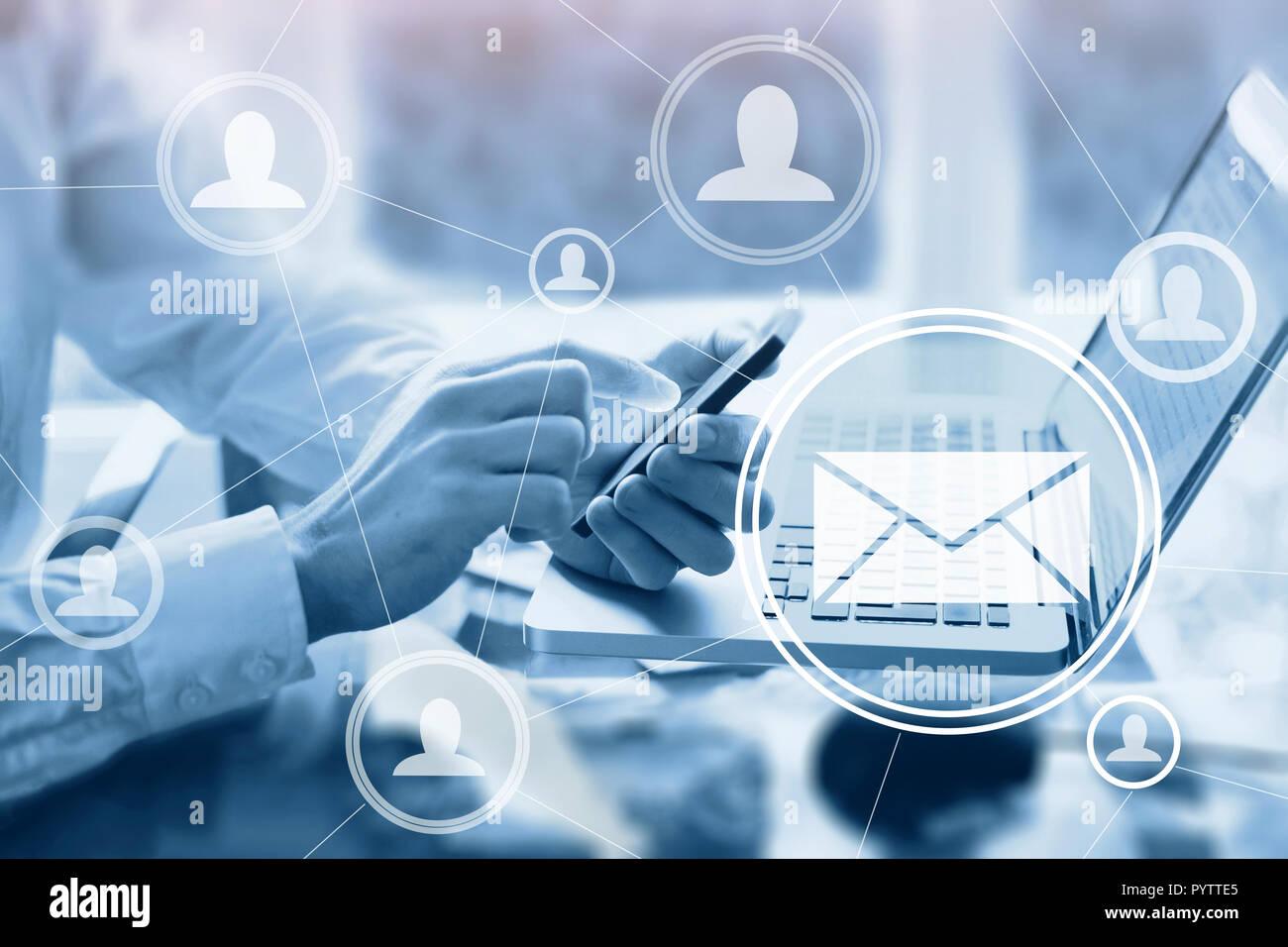 Posta elettronica il concetto di marketing Immagini Stock