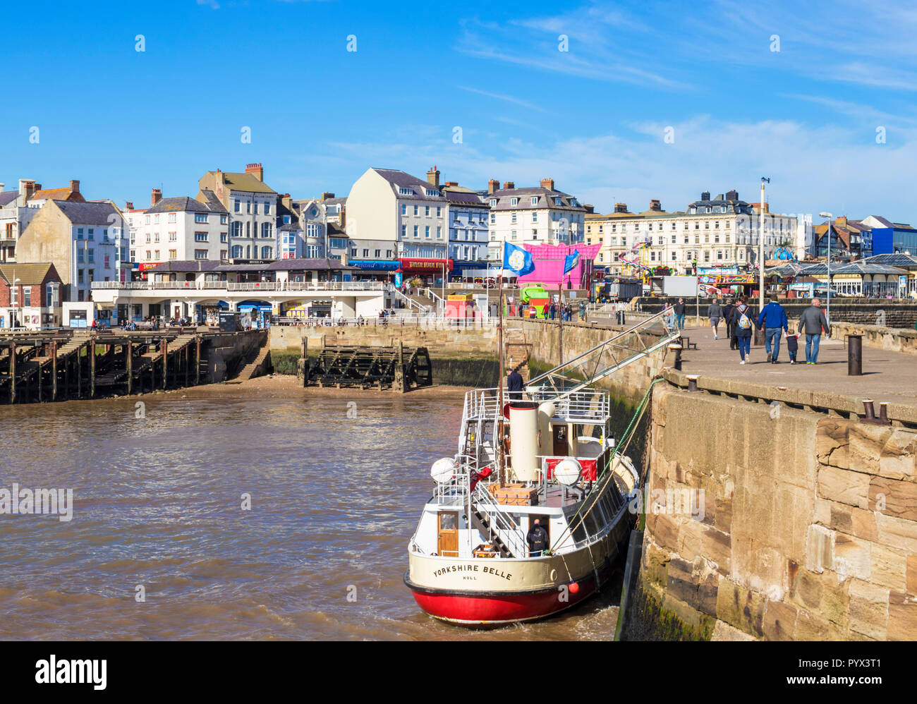 Bridlington marina e porto di Bridlington Yorkshire Belle piacere cruiser Porto BridlingtonEast parete Riding dello Yorkshire England Regno Unito GB Europa Immagini Stock