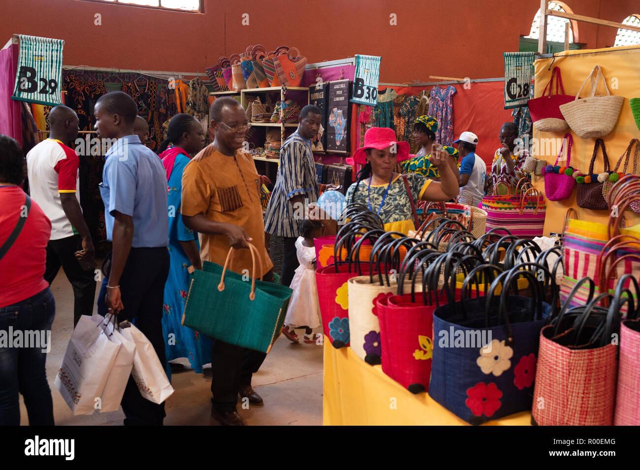 SIAO Ouagadougou, Internazionale di Arte e Artigianato Trade Show, Fiera regionale, 26 ottobre - 04 nov. 2018, Ougadoungou, Burkina Faso, Africa Foto Stock