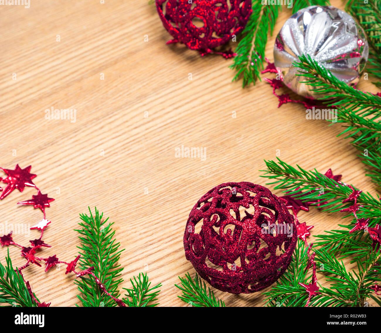 Stella Di Natale Con Perline.Natale E Anno Nuovo Sfondo Festosa Fresco Verde Abete Rami Con