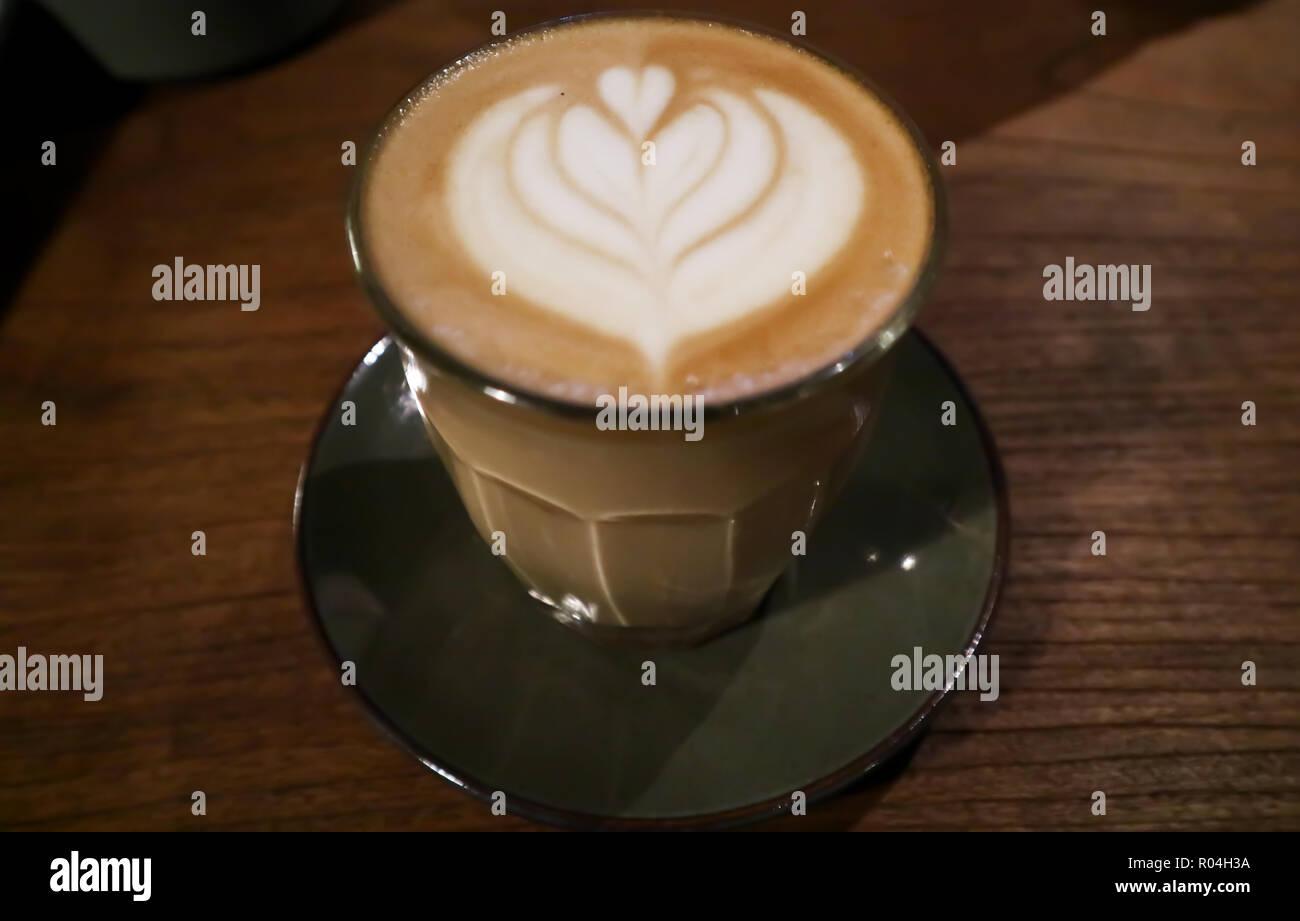 Caffè latte art Immagini Stock