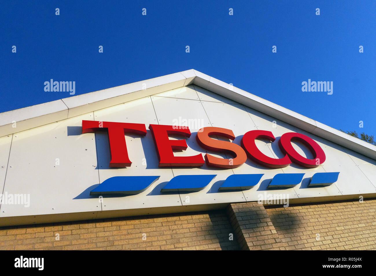 La Tesco e la marca Accedi Dinnington, Rotherham Immagini Stock