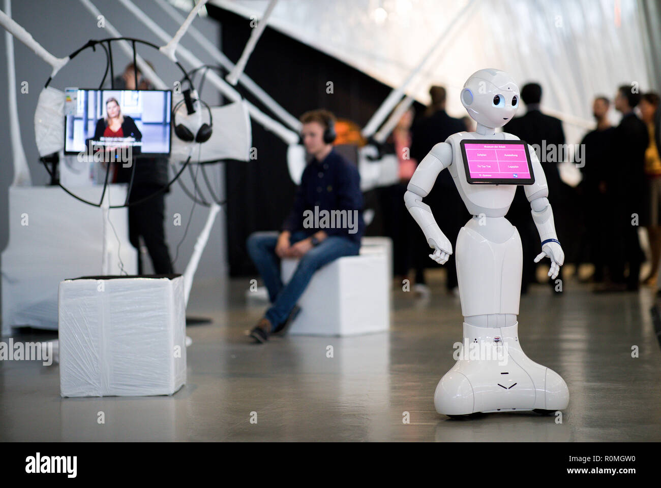 robot datazione in futuro differenza di età in regola di datazione