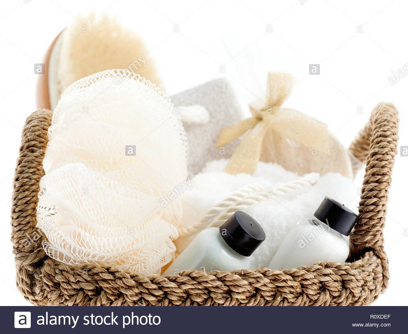 Cesto tessuto standard con articoli da bagno spazzola for Articoli da bagno