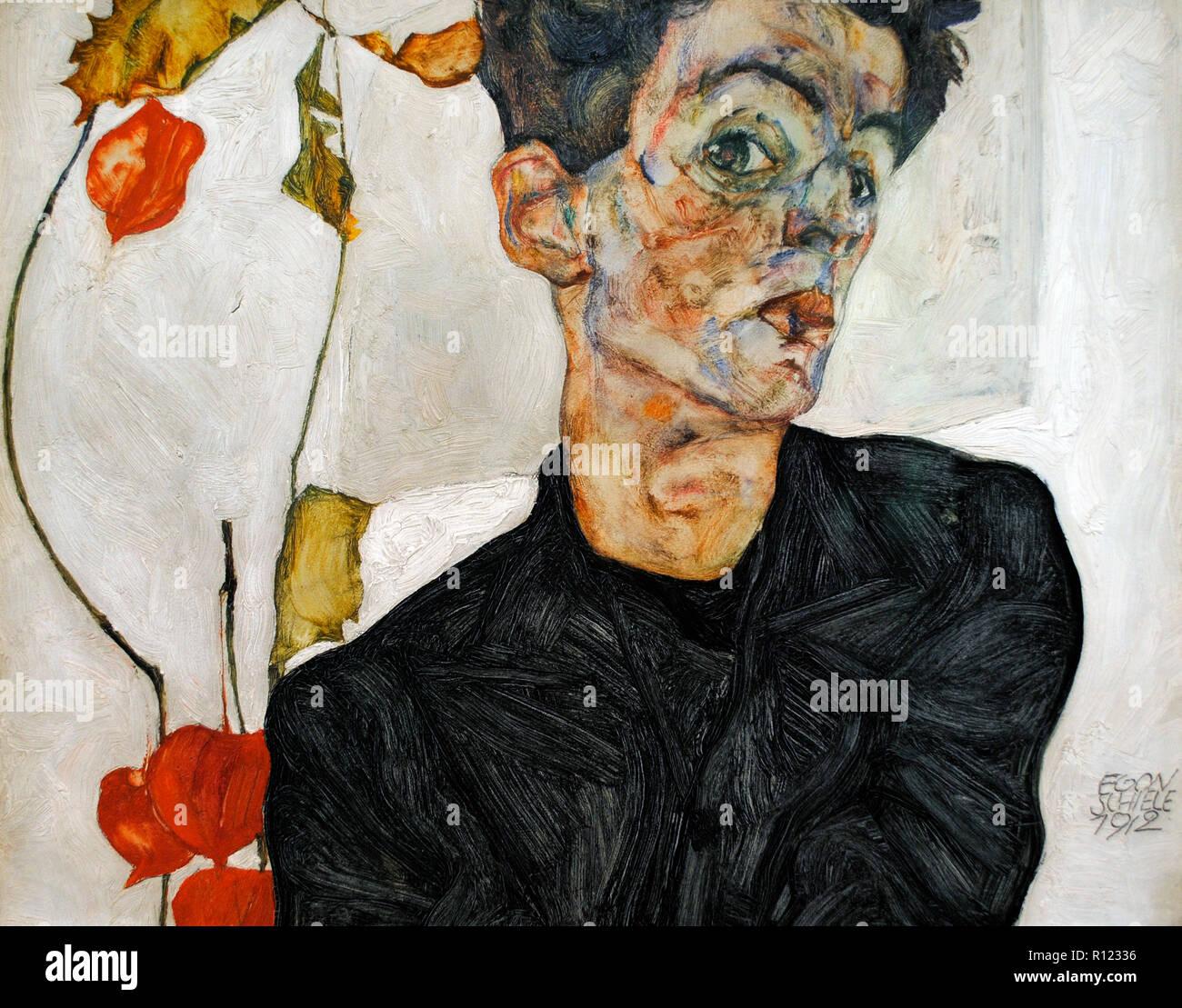 Egon Schiele (Tulln, 1890-Vienna, 1918). Austriaco pittore espressionista. Self-portrait cinese con impianto di Lanterna, 1912. 32,4 x 40,2 cm. Olio e guazzi a bordo. Museo Leopold. Vienna, Austria. Immagini Stock
