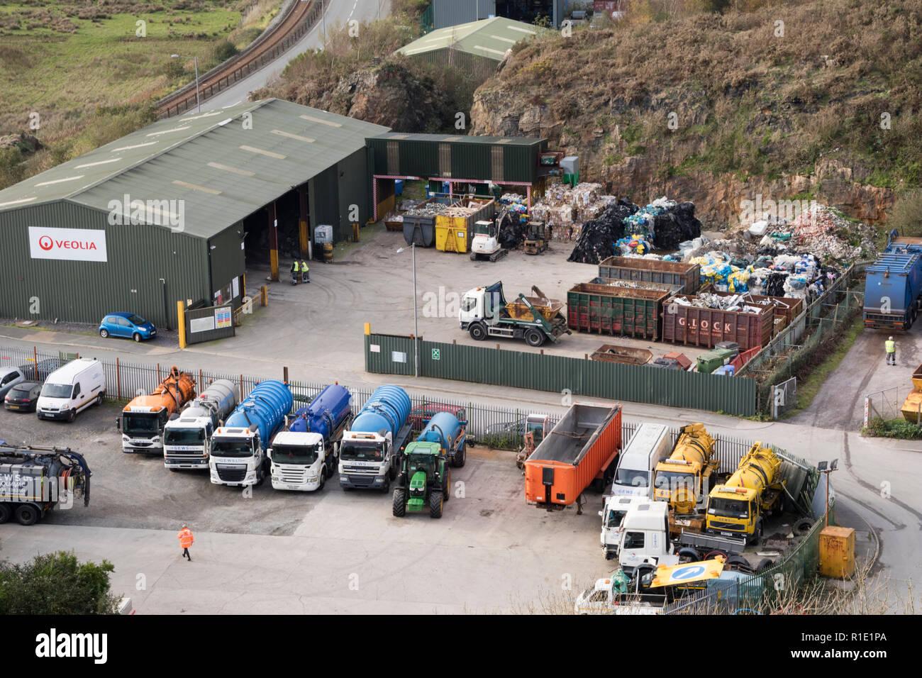 Veolia gestione dei rifiuti deposito vicino a Porthmadog, Galles del Nord, Regno Unito Immagini Stock