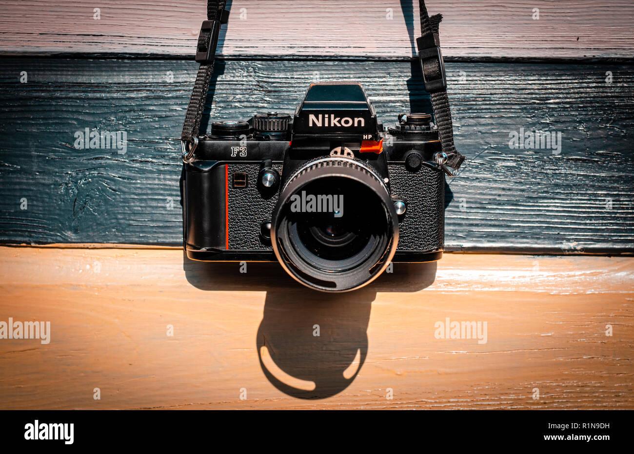 Nikon F3 reflex a lente singola 35mm professional telecamera cinematografica lanciata per la prima volta nel 1980 ed è rimasta in produzione fino a 200 Immagini Stock
