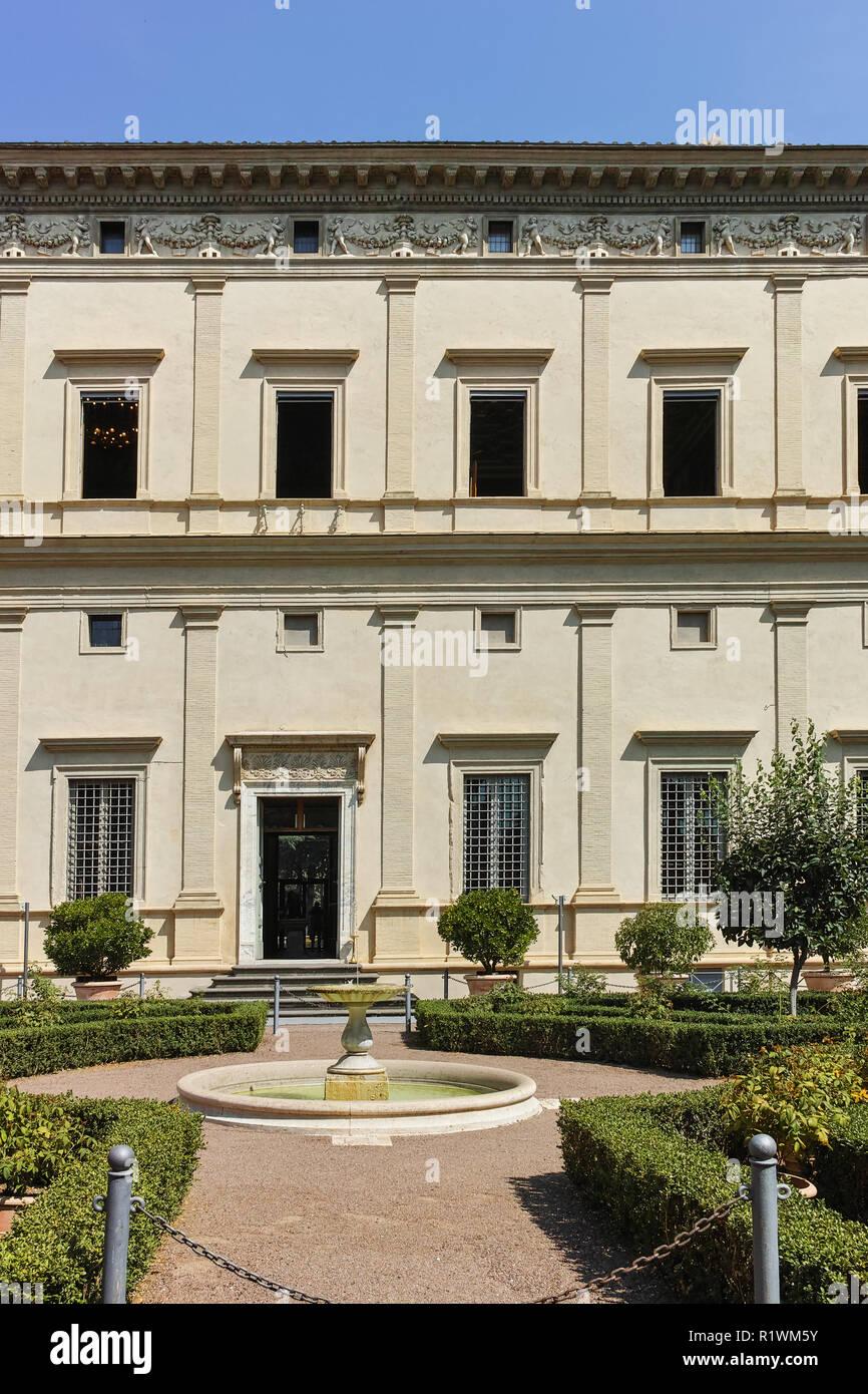 Roma, Italia - 23 giugno 2017: costruzione di Villa Farnesina nel quartiere Trastavete nella città di Roma, Italia Immagini Stock