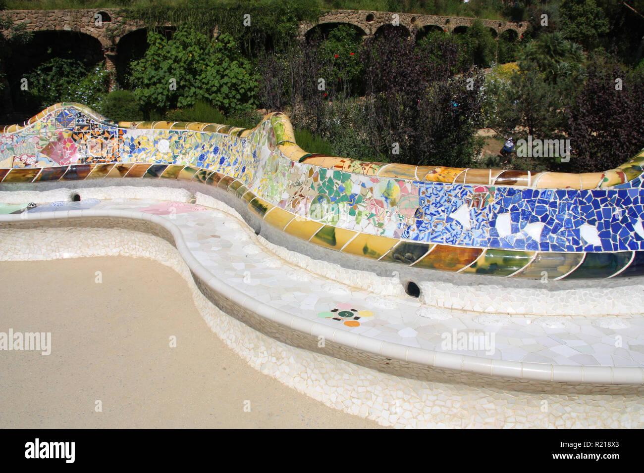Artistico Mosaico Panchina Di Antoni Gaudi Parco Guell