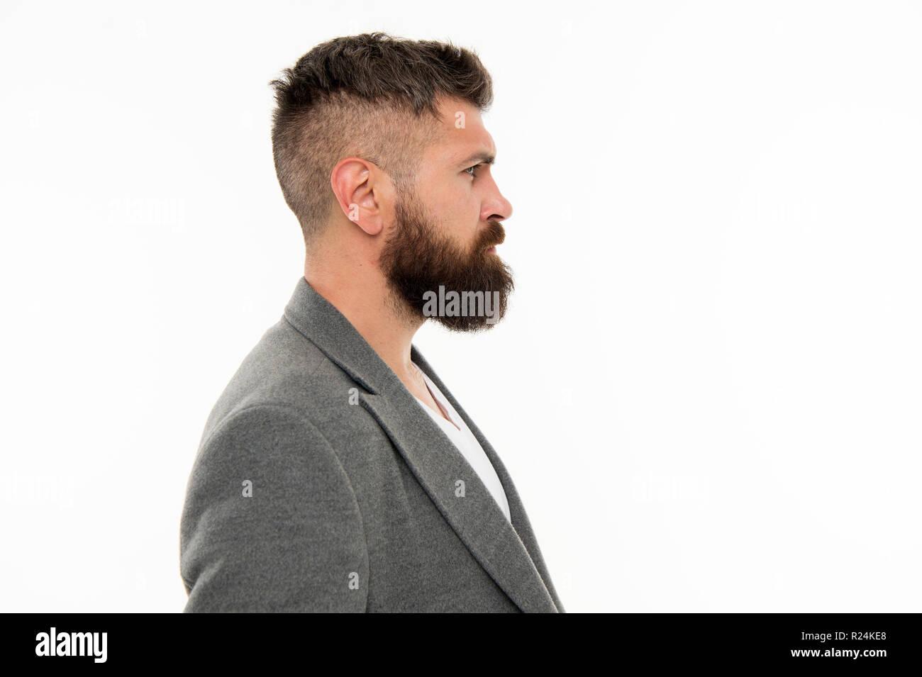 Barba moda e barbiere concetto. Uomo Barbuto hipster elegante barba e baffi 3d29aebf27f3