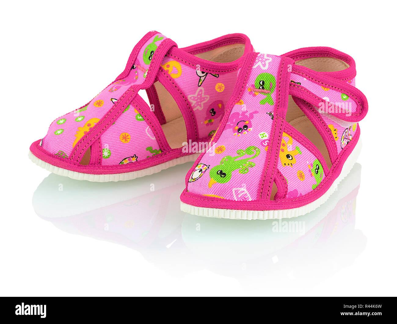 quality design 361d4 253cc Bambini pantofole rosa isolato su sfondo bianco con ombre di ...