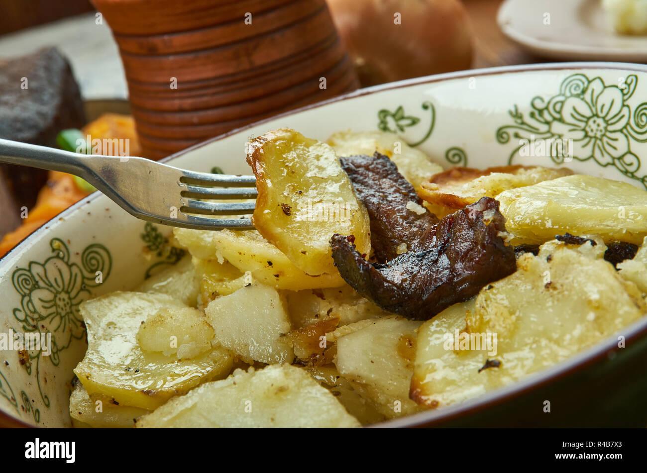 Lancashire hot pot , cucina inglese, famosa carne e patate ...