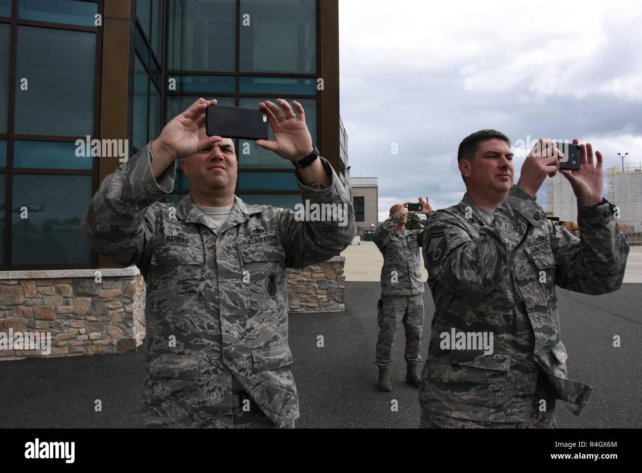 Militare dell/'Esercito Marina Aviazione stile Hen Stag Top Gun Dog Tag Costume