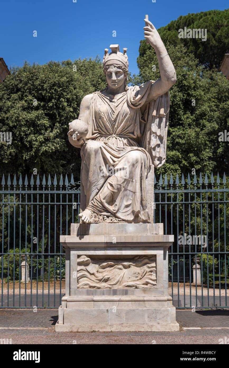 La Statua della Dea Roma, Villa Medici, Roma, Italia Immagini Stock