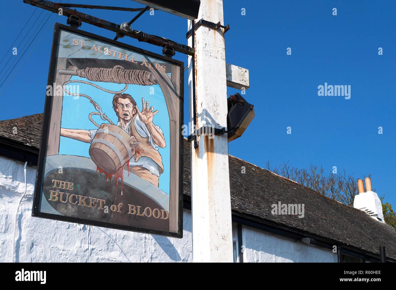 Il famigerato secchio di sangue pub nel villaggio di phillack vicino Hayle, Cornwall, Inghilterra, Regno Unito. Immagini Stock