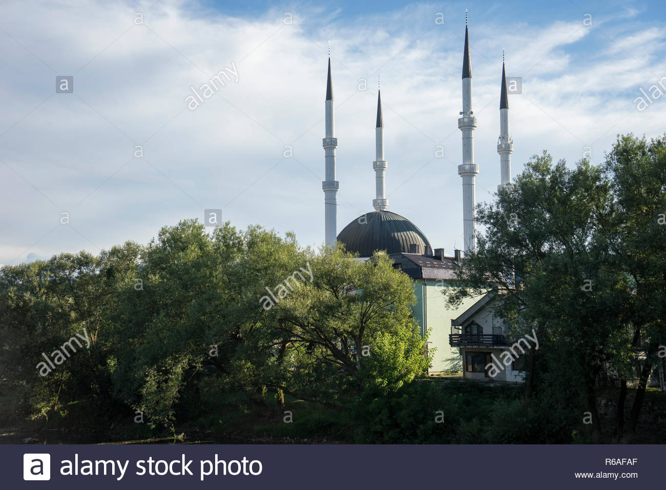Moschea di Sanski Most, Bosnia Immagini Stock