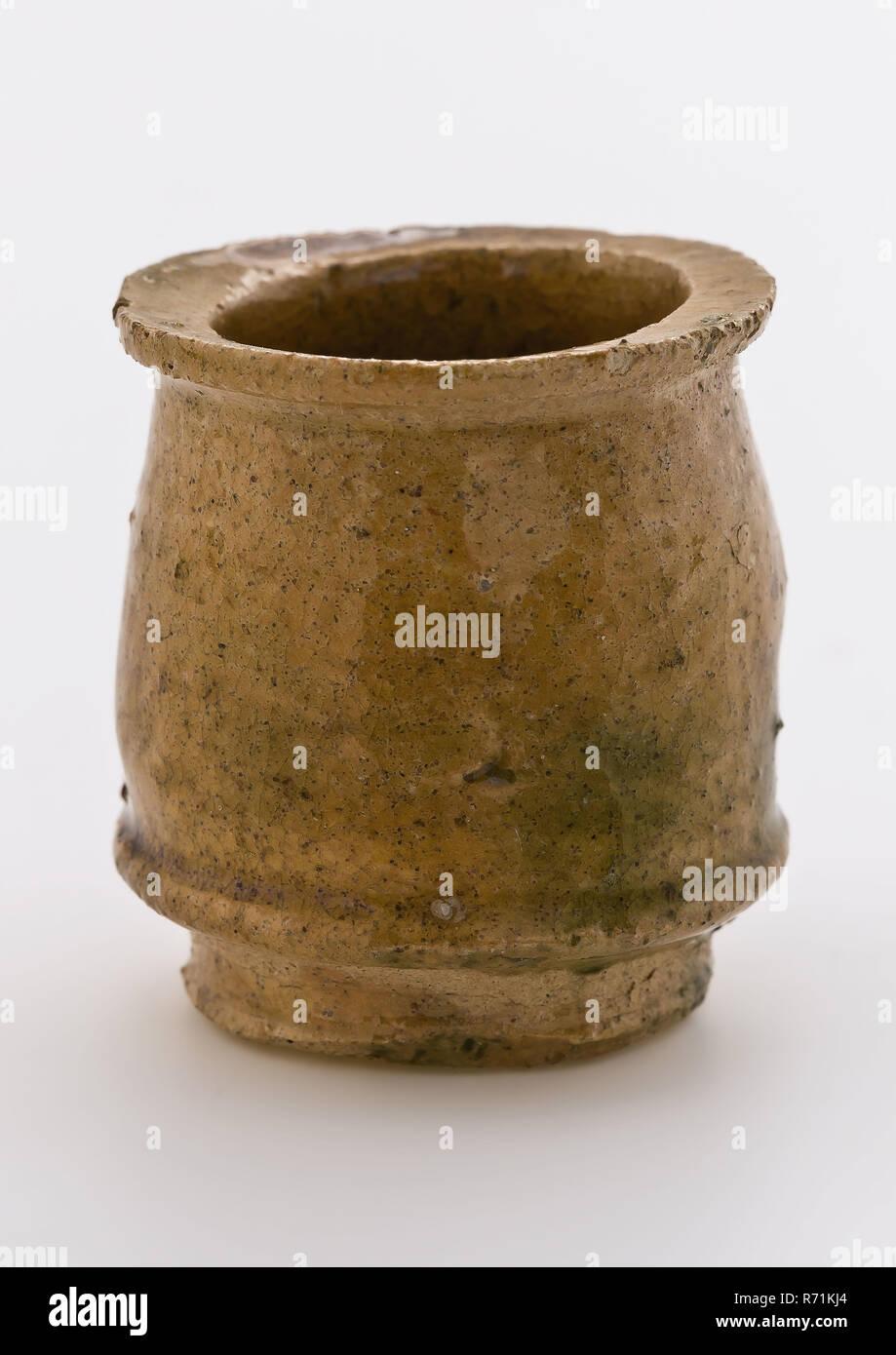 Smalto Per Ceramica E Sanitari.Ceramiche Vaso Di Unguento Modello Del Ventre Bianco Shard Giallo