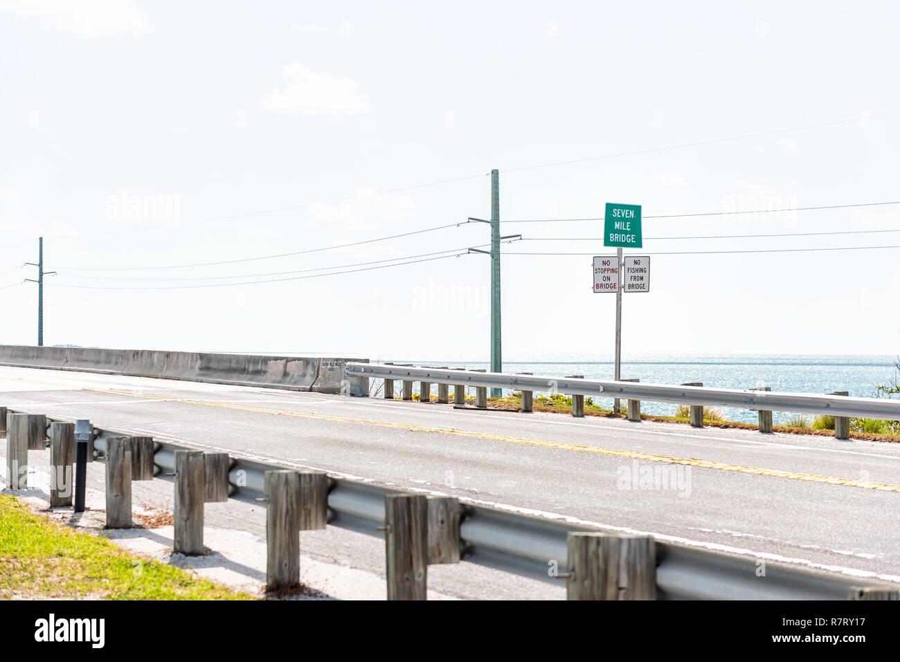 Florida Keys, Overseas Highway Road, Seven Mile bridge in Oceano Atlantico, Golfo del Messico, Horizon, nessuno Immagini Stock