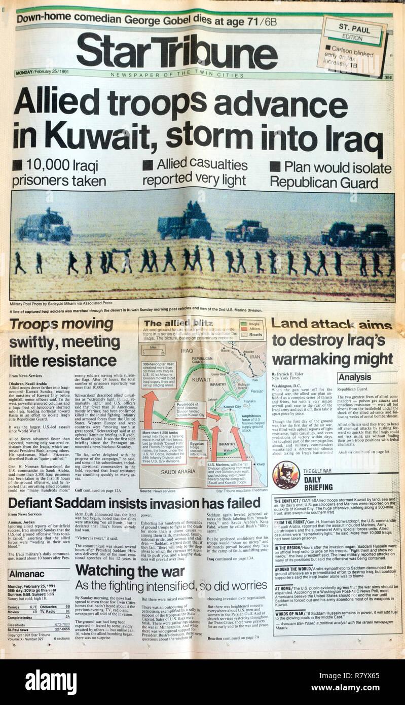 Quotidiano StarTribune 2/25/91 Pagina anteriore avanzare le truppe in Kuwait storm in Iraq. St Paul Minnesota MN USA Immagini Stock