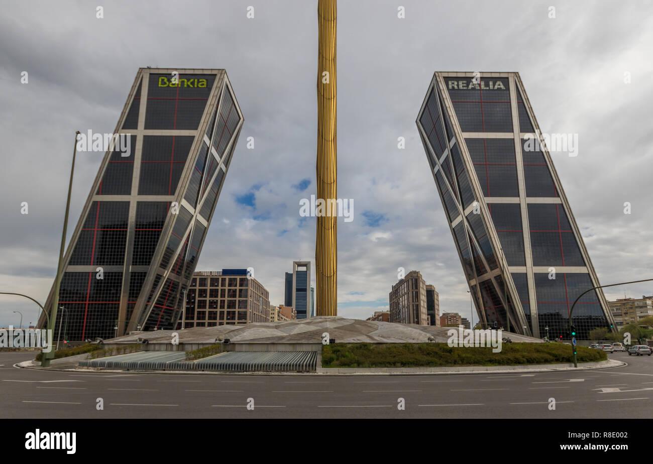 Architettura A Madrid madrid, spagna - madrid visualizza molti esempi di