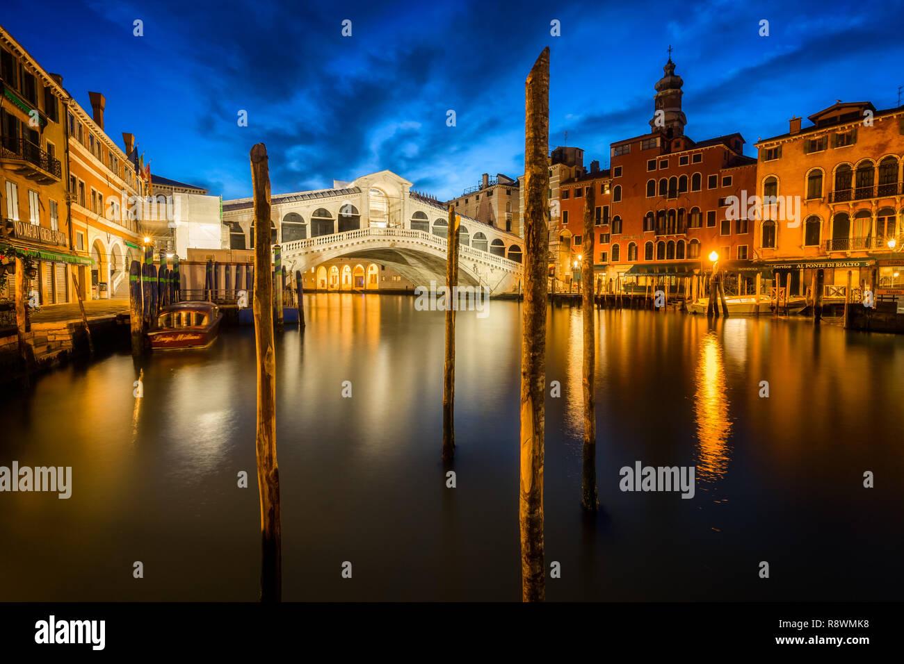 Ponte Rialto, Venezia, Italia Immagini Stock