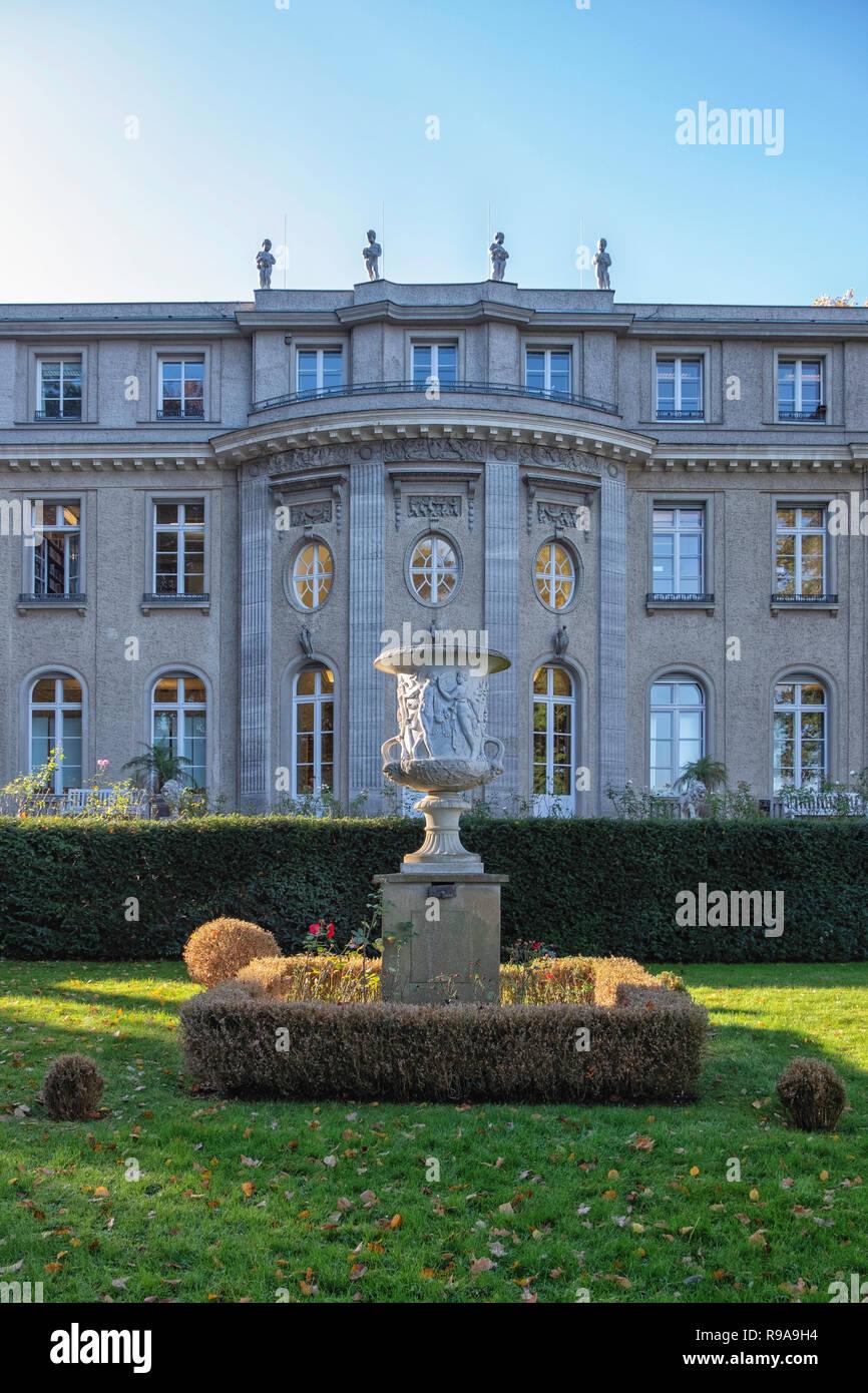 Berlin.Casa della Conferenza di Wannsee Memoriale. Villa dove Nazi & SS leader si sono incontrati il 20 gennaio 1942 per pianificare la deportazione e sterminio degli ebrei Foto Stock