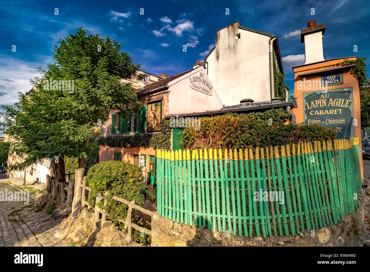 Au Lapin Agile, Il Coniglio Agile ,un famoso cabaret di Montmartre / night club , all'interno di un piccolo Borgo Casa al 22 rue des Saules, Montmartre, Parigi Immagini Stock