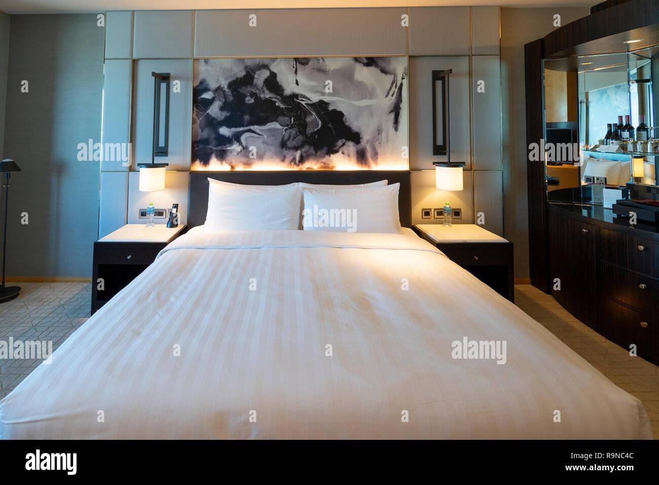 Camera da letto interno di Shangri La Hotel in Dubai Emirati Arabi Uniti Immagini Stock
