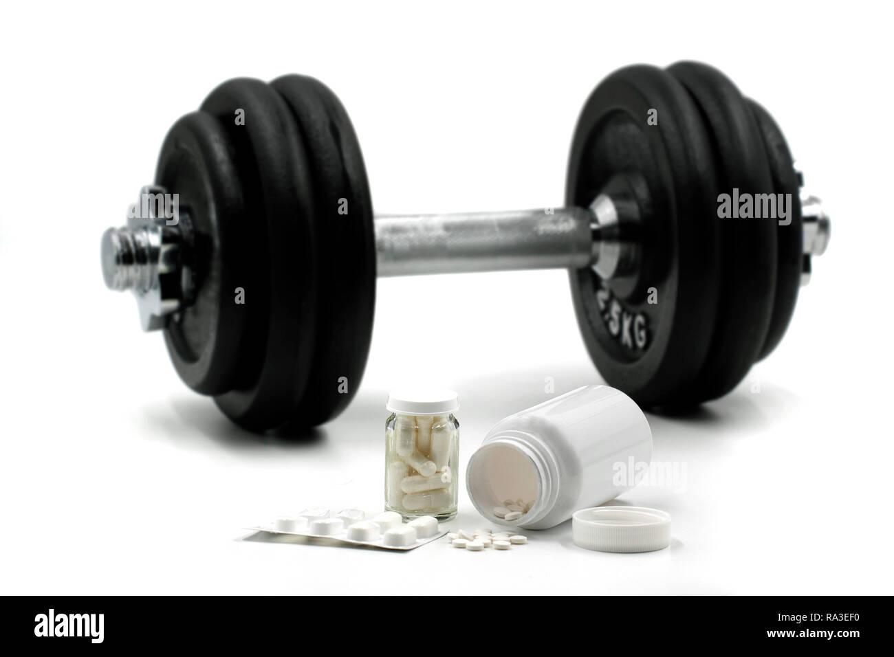 Sport integratori per il bodybuilding con il manubrio su sfondo isolato su bianco Immagini Stock