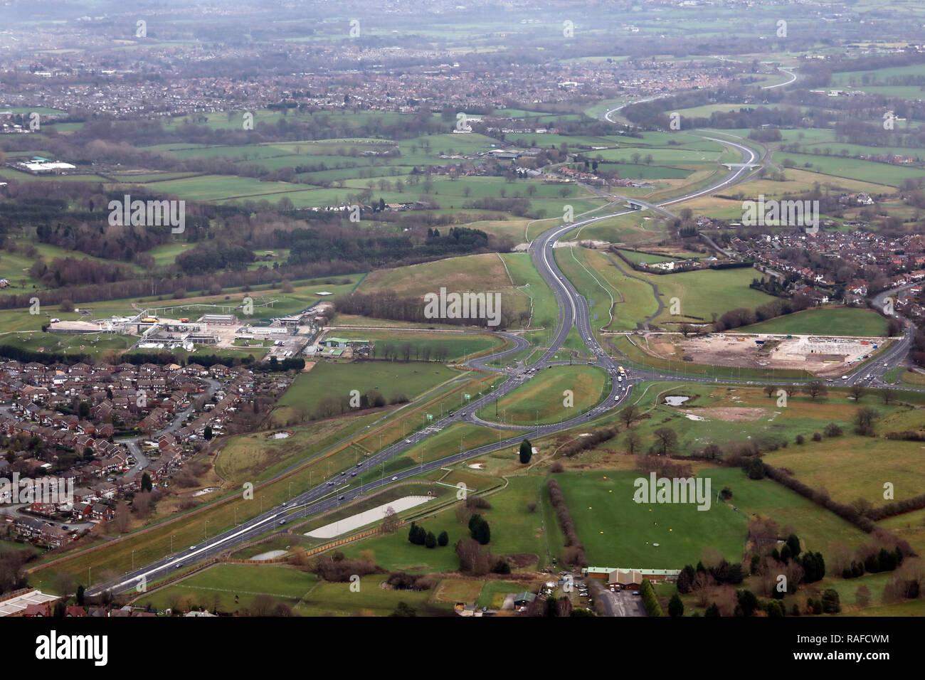 Vista aerea della A555 Manchester Airport sollievo Road, Regno Unito Immagini Stock