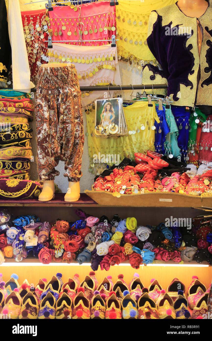 Turkish Clothing Immagini Turkish Clothing Fotos Stock Alamy