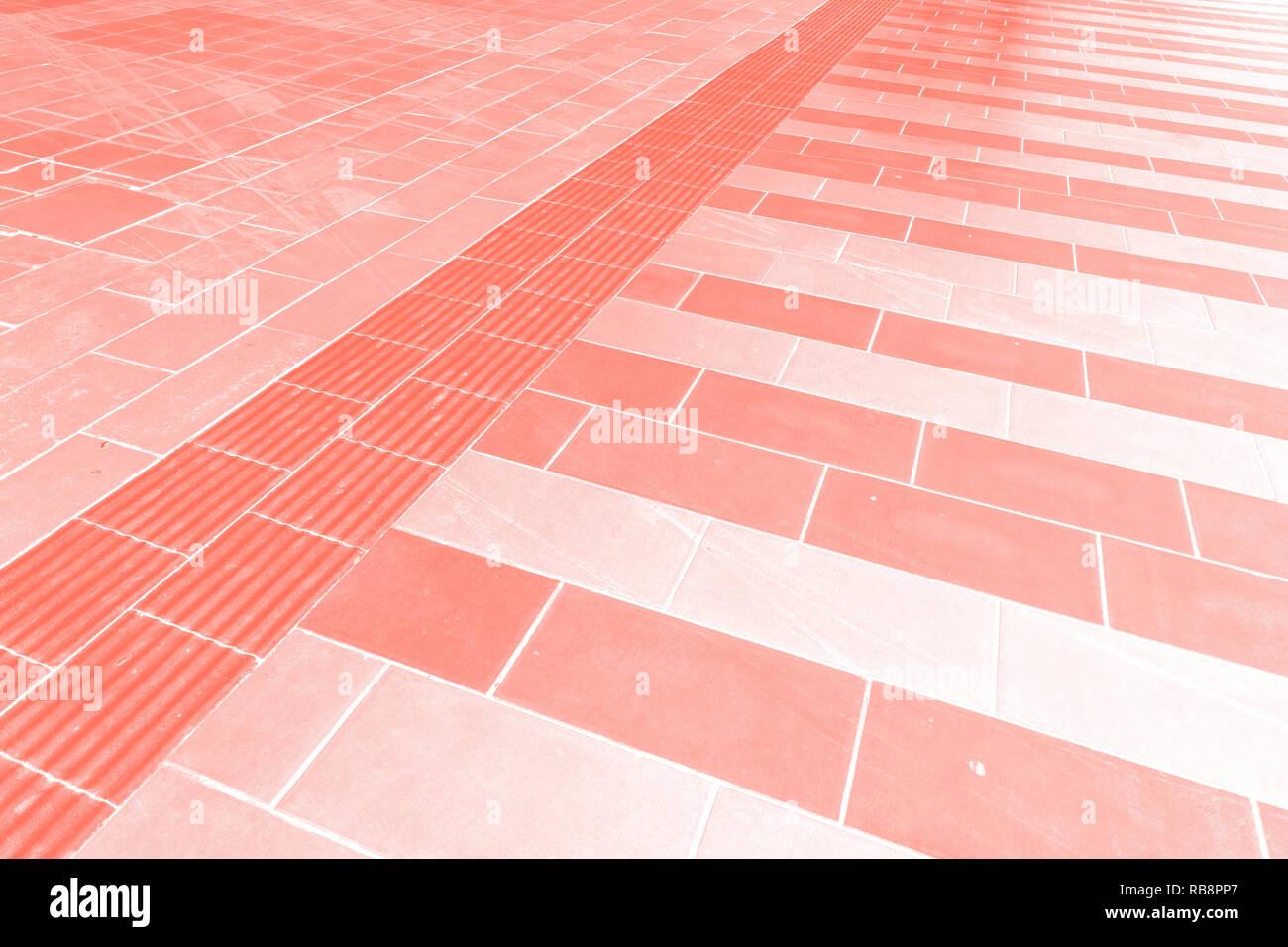 Pavimento Rosso E Bianco : Rosso e bianco delle piastrelle sul pavimento foto immagine