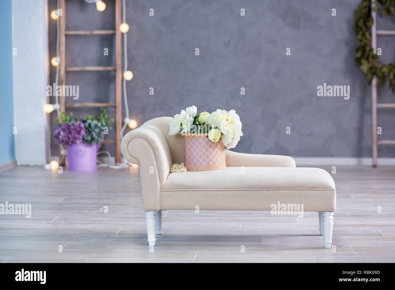 Divano Fior Di Pelle.Interior Mock Up Foto Parete Blu Con Materiale Di Pelle Divano